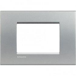 Bticino Livinglight - LNA4803TE - Placca quadra 3 moduli - tech